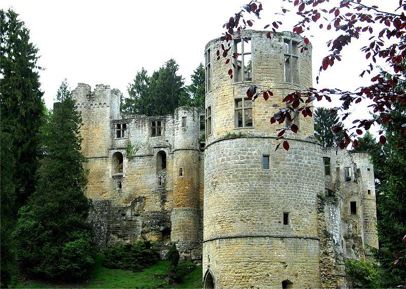 800px-Beaufort_Castle