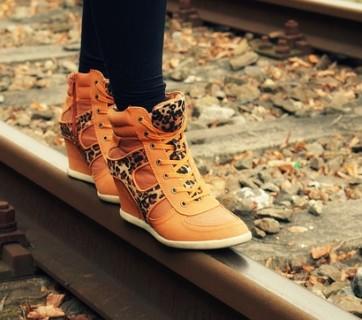 shoes-181744_640