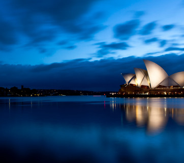 Twilight_at_Sydney_Opera_House_