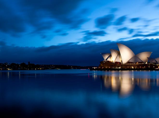 Twilight_at_Sydney_Opera_House_