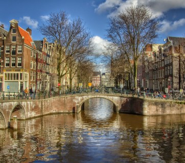 amsterdam-683534_1280