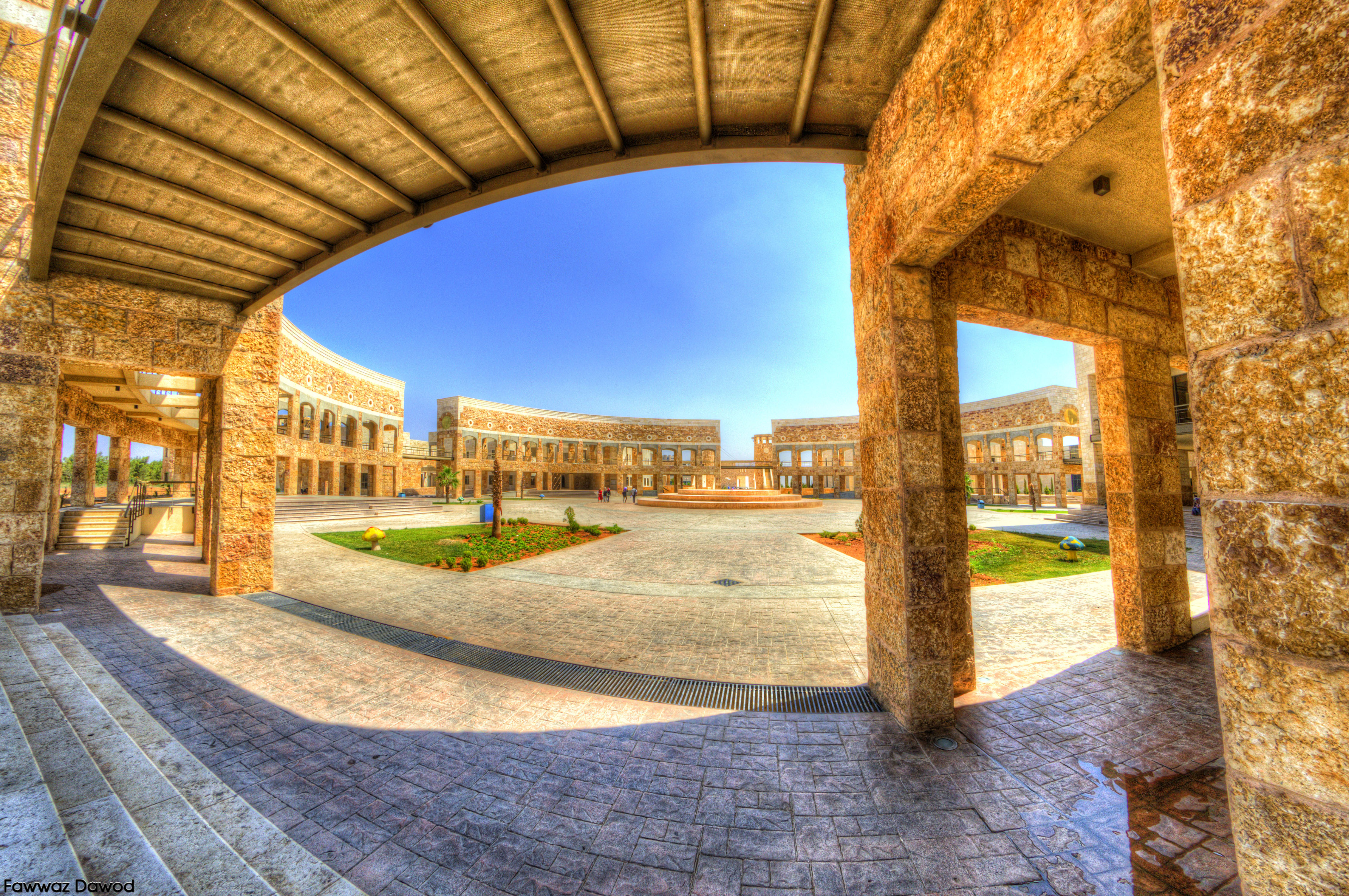 Jordan_University_of_Science_and_Technology's_Library