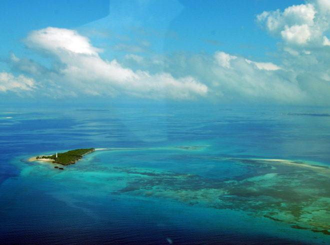 1024px-Approaching_Zanzibar