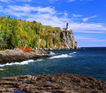 201208-w-best-lake-vacations-lake-superior