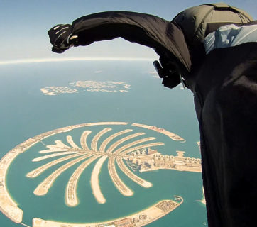 Dubai_Wingsuit_Flying_Trip_(7623543862)