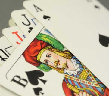 cards-684004_1280