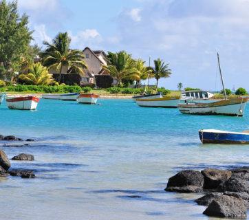 1024px-2011-06-26_09-16-48_Mauritius_Rivière_du_Rempart_Cap_Malheureux