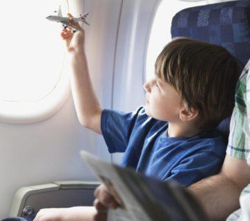 airplane-kids_61c44c0f425b2c05_kq1ThaykQ8-SIJqBTvAbPQ