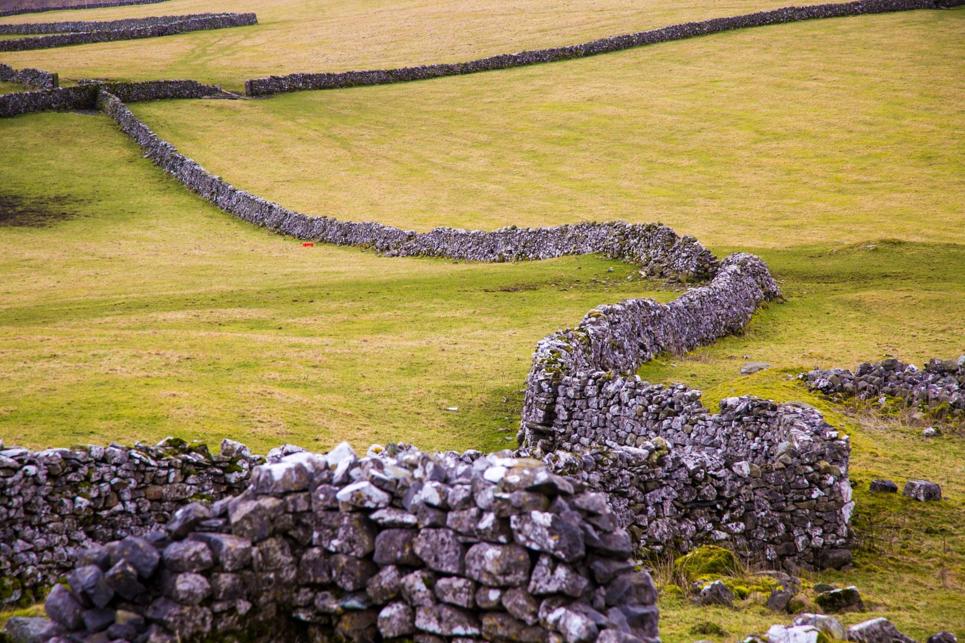 landscape-yorkshire-dales-1463661948ov2