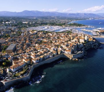 france-alpes-maritimes-antibes-the-old-town-and-the-port-aerial-view-140527958-591eec435f9b58f4c0b8d28b