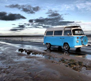beach-campervan-drive-210010