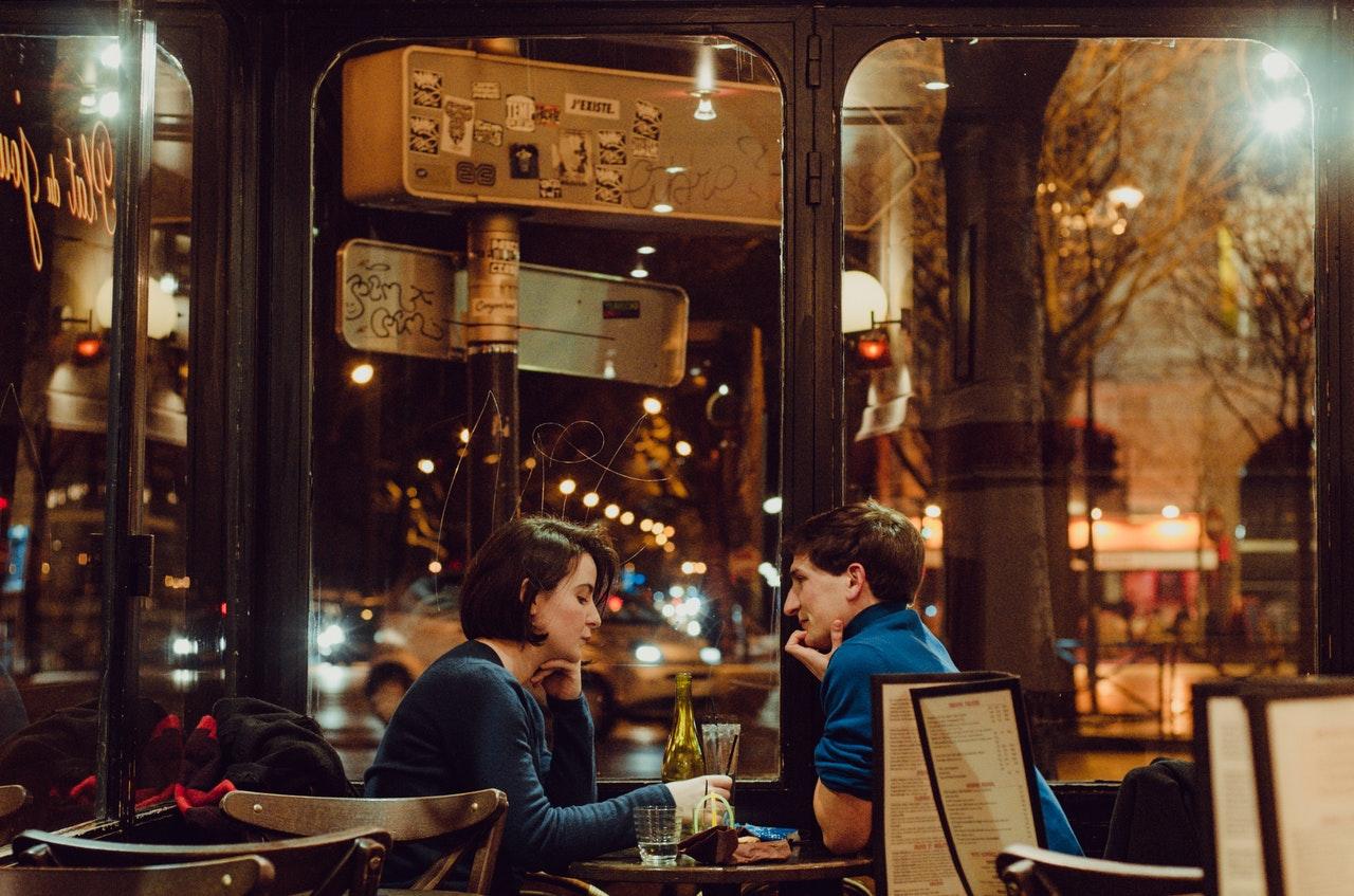 bar-bottle-chairs-1377054
