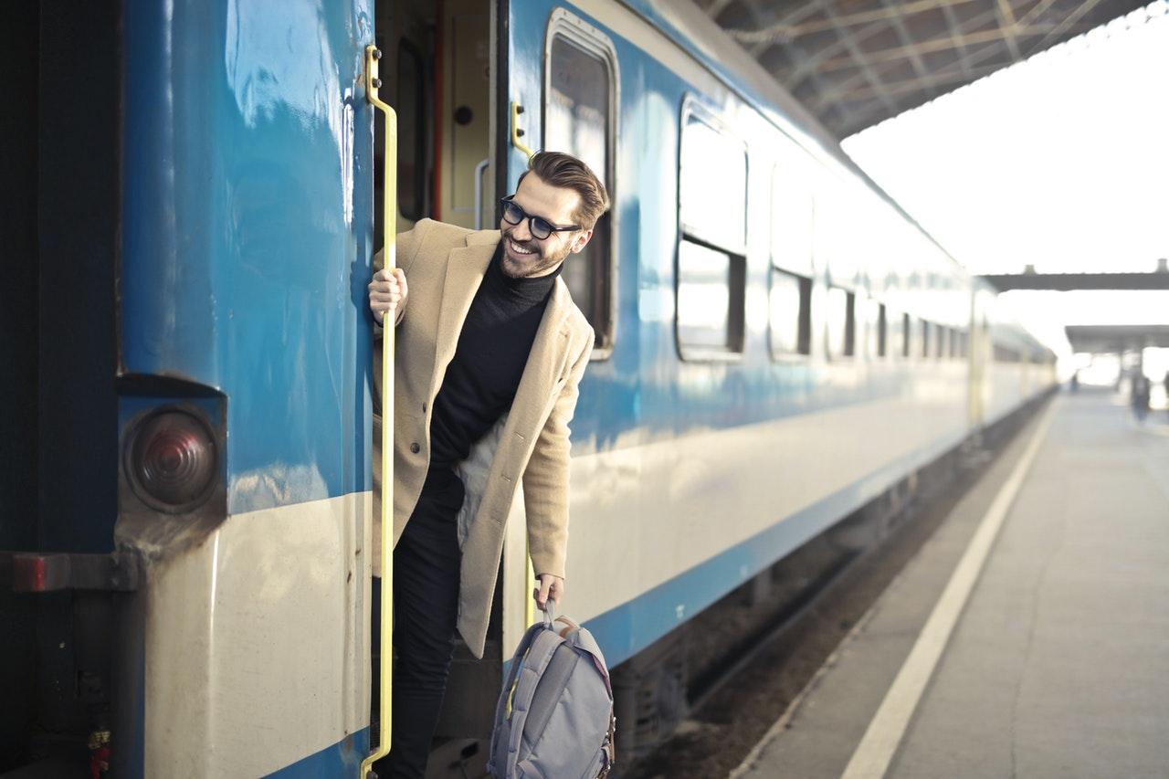 backpack-blur-commuter-837359