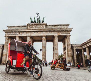 architecture-berlin-brandenburg-gate-1128419
