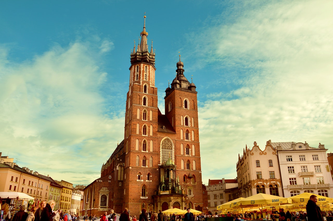 church-poland-square-cracow-46273