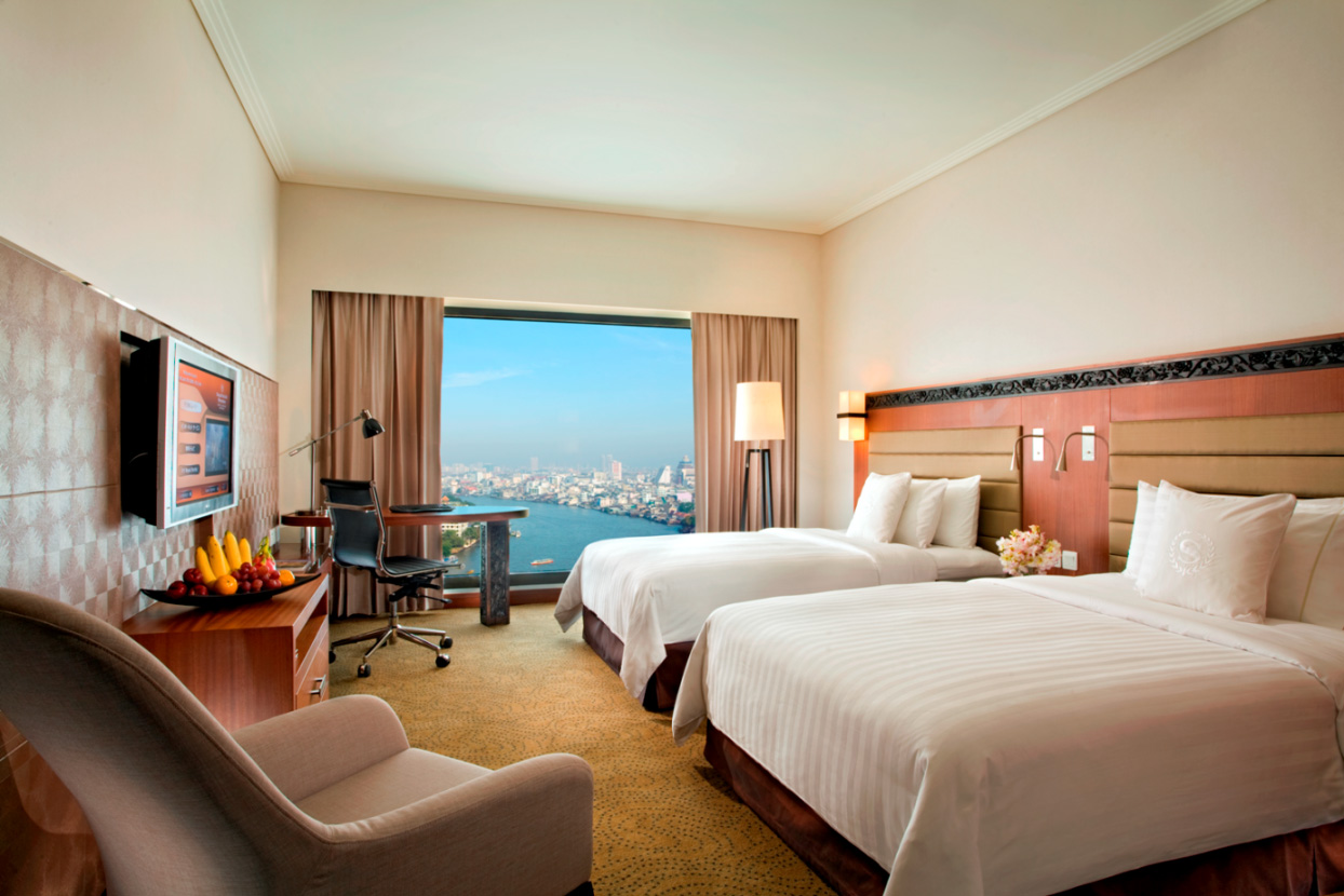 1.-Accommodation-Deluxe-Riverview-Twin